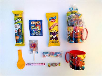 MINI TAZA CON CHUCHES SPIDERMAN