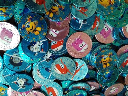 MONEDAS DE CHOCOLATE DE SUPER WINGS