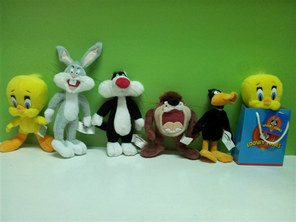 PACK 5 PELUCHES LOONEY TUNES